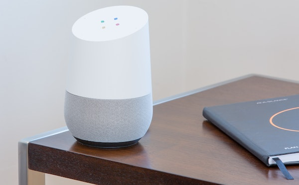 home-assistant-device-on-end-table.jpg