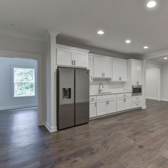 Basement Apartment With Kitchen