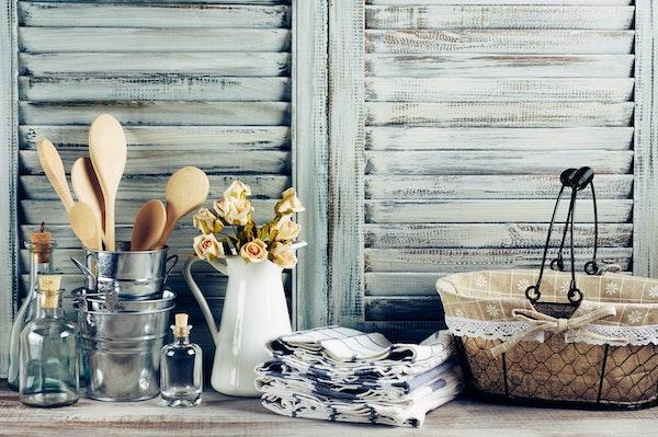 farmhouse-chic-kitchen-decorations.jpg