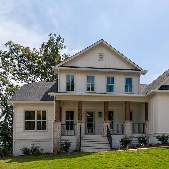 Exterior-Craftsman-farmhouse-luxury-home.jpg