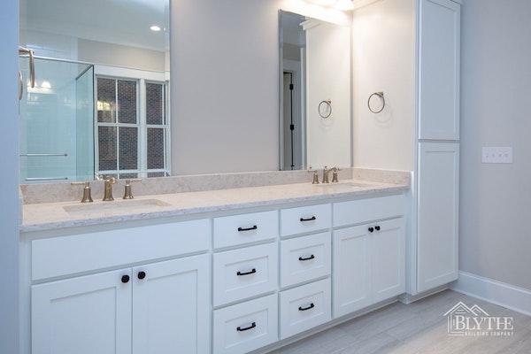 Master Bathroom Dual Vanity Viatera - Clarino Quartz countertop, With White Shaker Cabinets