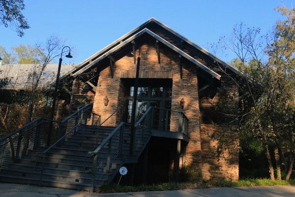 Saluda-river-club-clubhouse-lexington-sc.jpg